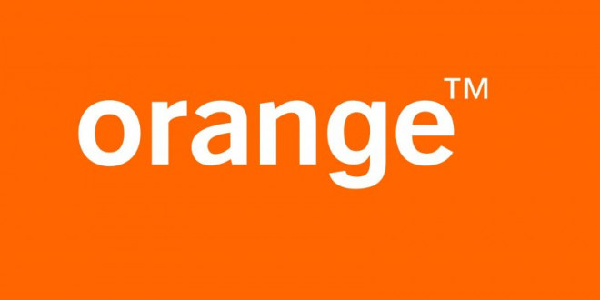 Orange lanza Facebook Flex