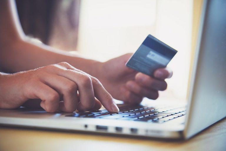 Centro Cuesta Nacional lanza innovador servicio de bonos electrónicos para uso en Supermercados Nacional y Jumbo