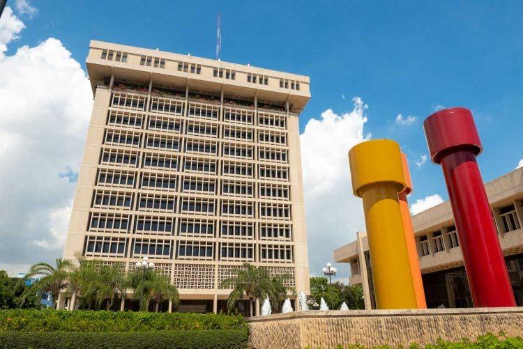 La economía dominicana se desploma un -8.5% en primer semestre de 2020